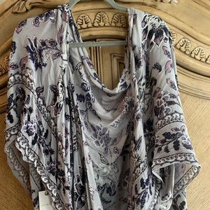 Open style blouse/shawl by Lucky!